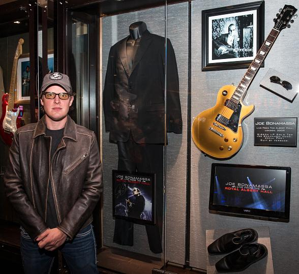 Joe Bonamassa Unveils Memorabilia Case at Hard Rock Hotel & Casino Las Vegas