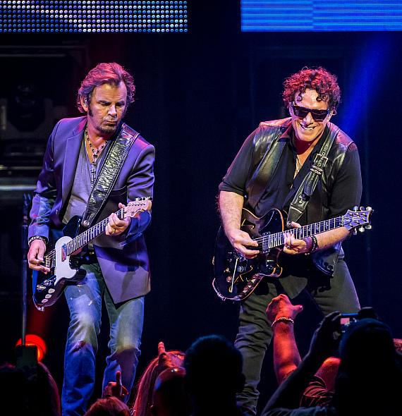 Jonathan Cain and Neal Schon of Journey