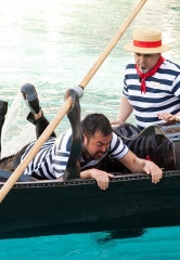 The Venetian Las Vegas Reveals the Secrets Behind the Gondolier University Program