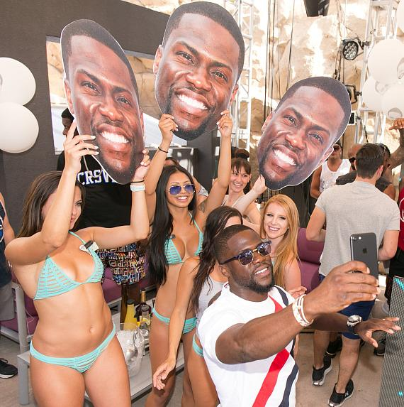 Kevin Hart Celebrates His Birthday at REHAB at Hard Rock Hotel & Casino Las Vegas