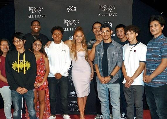 Local High School Students from the YES Program Meet Jennifer Lopez and Enjoy the Resident Headliner's Show at Planet Hollywood