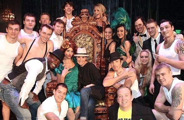 Taye Diggs and Idina Menzel Attend ABSINTHE in Las Vegas