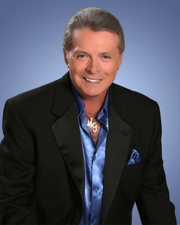 Mickey Gilley, Bill Engvall and Carlos Mencia Open a Year of Entertainment at Treasure Island