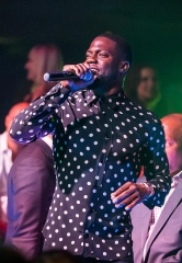 Comedian Kevin Hart Spotted at 1 OAK Las Vegas