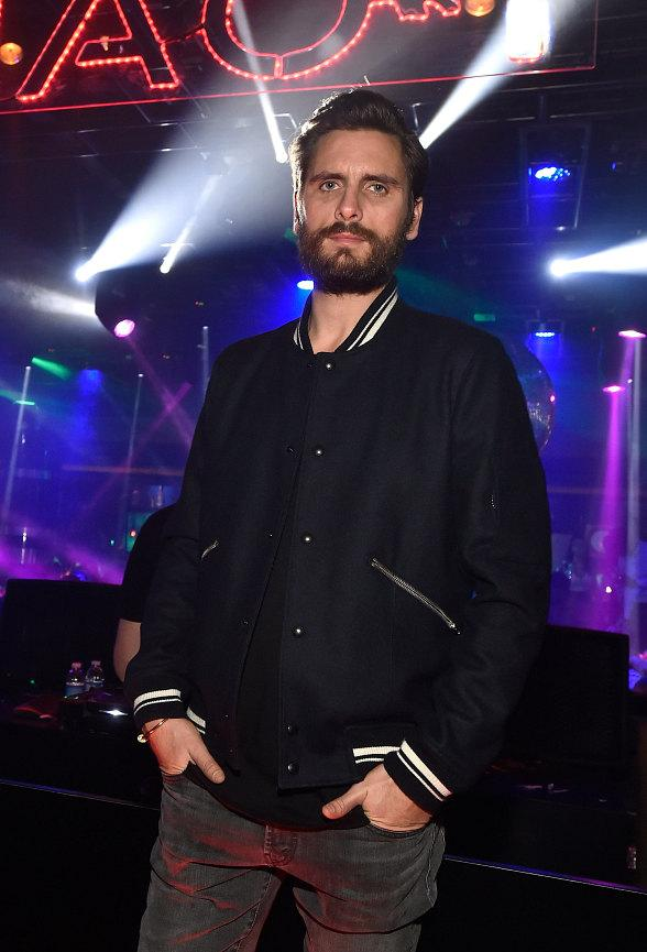 Scott Disick Hosts Night Out at 1 OAK Las Vegas