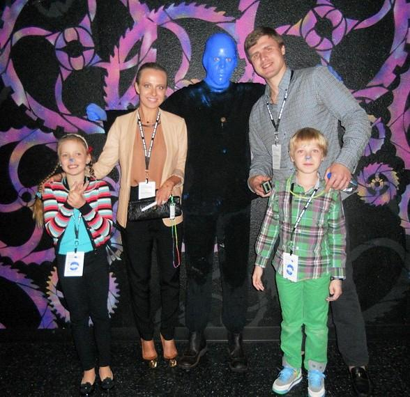 Professional hockey player Ilya Bryzgalov with wife and kids at Blue Man Group's One Year Anniversary performance at Monte Carlo Resort and Casino