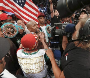 Vince Neil, Luke Wilson, Metta World Peace, Justin Bieber, Katie Leclerc, Bow-Wow, Nick Cannon and more celebs at Mayweather vs. Berto at MGM Grand