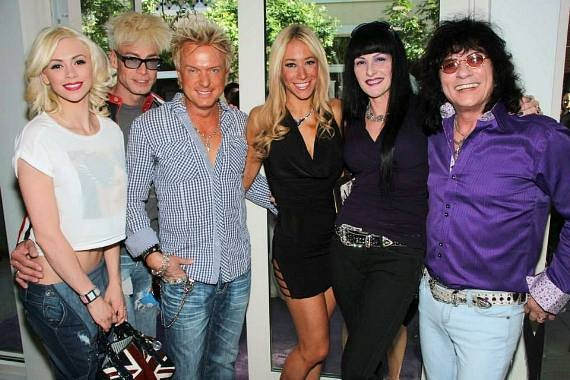 Chloe Louise Crawford, Murray SawChuck, Zowie Bowie, Lydia Ansel, Carmen Shortino and Paul Shortino at The Style Lounge