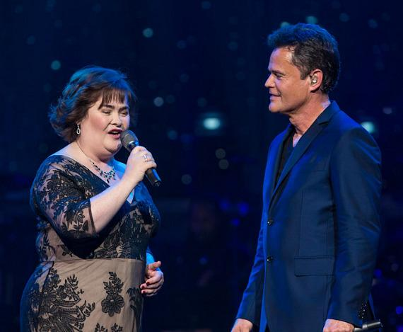 Susan Boyle performs with Donny Osmond at Flamingo Las Vegas