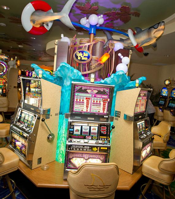 Slot machines at Margaritaville Casino