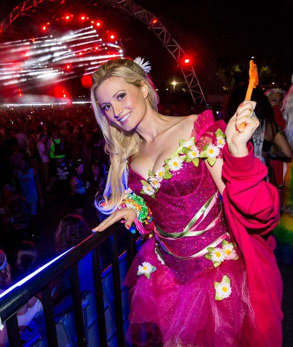 EDC Orlando 2013 with Holly Madison & Pasquale Rotella