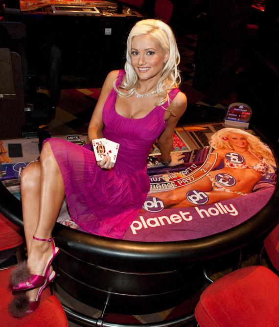 """Holly Madison unveils """"Planet Holly"""" Blackjack tables at Planet Hollywood"""