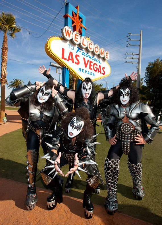 "The ""Genes"" of KISS tribute bands"