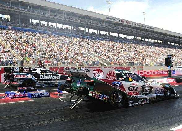 Matt Hagan vs. John Force Funny Car Championship Showdown at NHRA Las Vegas Nationals at LVMS