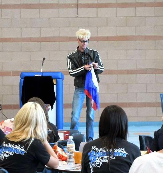 Murray performs for students at Sierra Vista High School