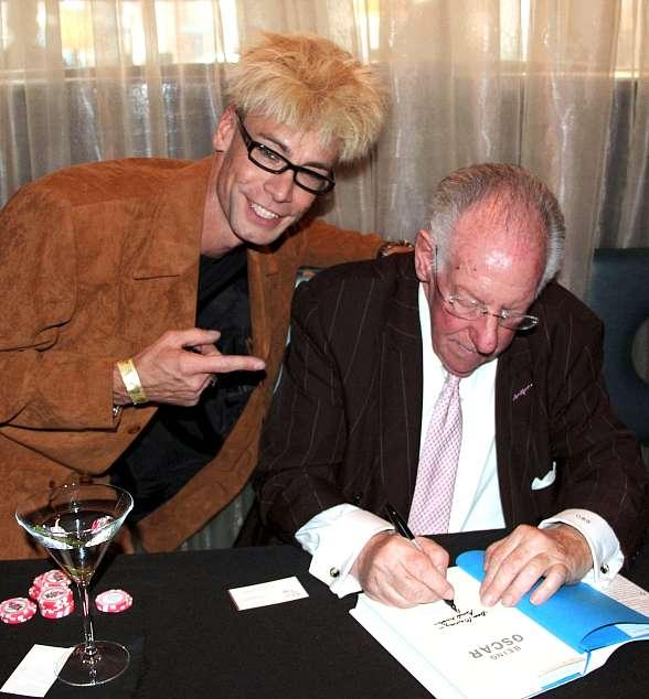 MURRAY with Oscar Goodman at
