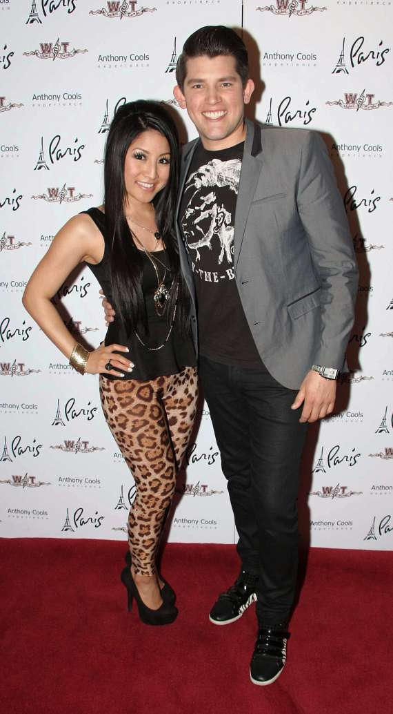 Singers Jasmine Trias and Ben Stone