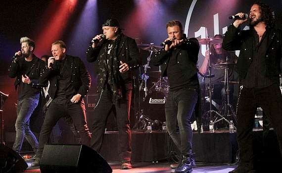 Tenors of Rock perform at Vinyl in Hard Rock Hotel Las Vegas