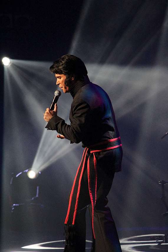 Heart of the King recipient Ted Torress  performs at Elvis Fest