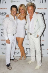 Mark Shunock, Cheryl Daro, Chris Phillips, Lydia Ansel, Frankie Moreno, Ella Mental, Troy and Yesiney Burgess at STK Las Vegas 2nd Annual End-Of-Summer White Attire Affair