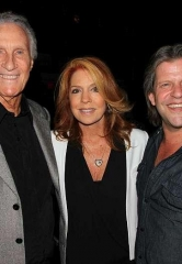 Photo Gallery: The Righteous Brothers, Bill Medley and Bucky Heard, perform at Composers Showcase of Las Vegas at Cabaret Jazz