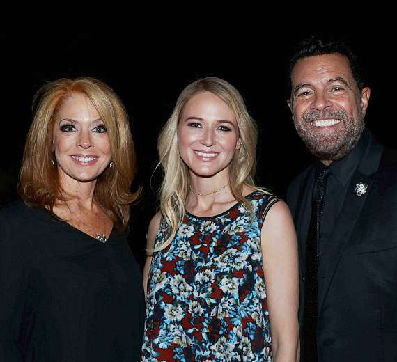 Clint Holmes and Kelly Clinton-Holmes with Jewel (C)