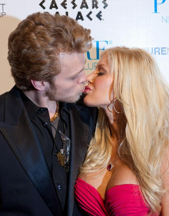 Heidi Montag and Spencer Pratt at PURE Nightclub