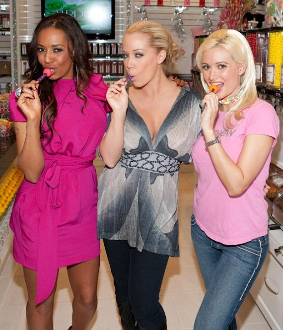 Mel B, Kendra Wilkinson and Holly Madison inside Sugar Factory with Couture Pops