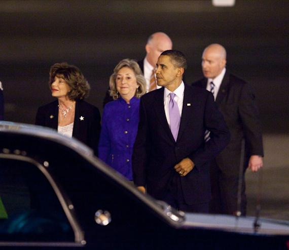President Obama speaks with Shelley Berkely and Dina Titus