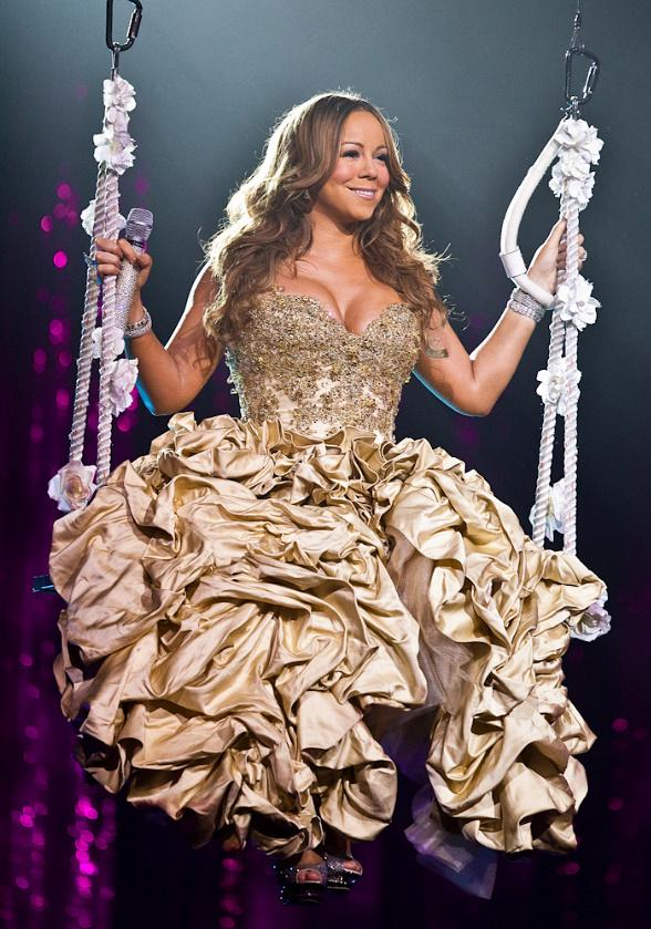 Looking Back: Mariah Carey Performs at The Colosseum at Caesars Palace on February 27, 2010