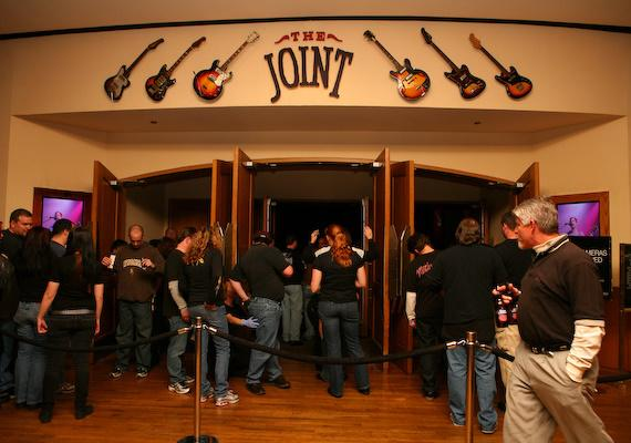 Fans enter The Joint for Mötley Crüe's performance