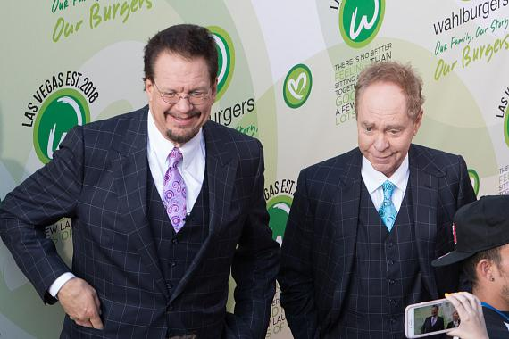 Magicians Penn & Teller at Wahlburgers Las Vegas at Grand Bazaar Shops