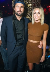 Linda Thompson, Brody Jenner and Apolo Ohno at TAO Thursday