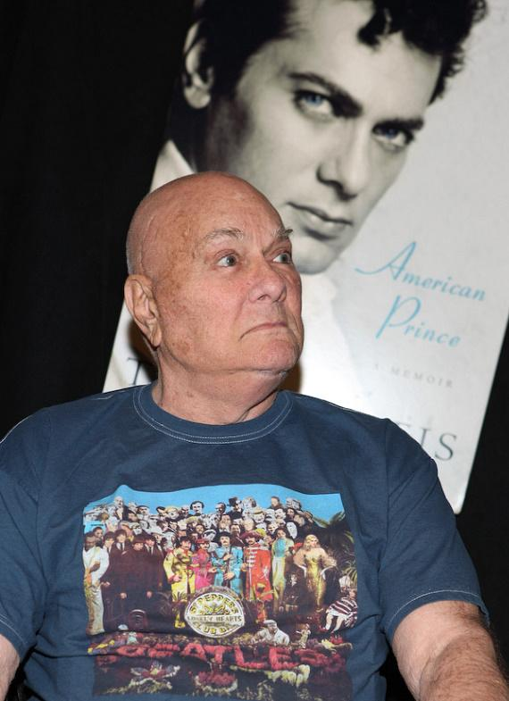 "Tony Curtis at booksigning of ""American Prince - A Memoir"""