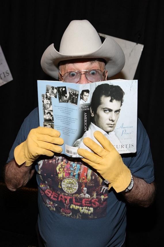 "Tony Curtis at book signing of ""American Prince - A Memoir"""