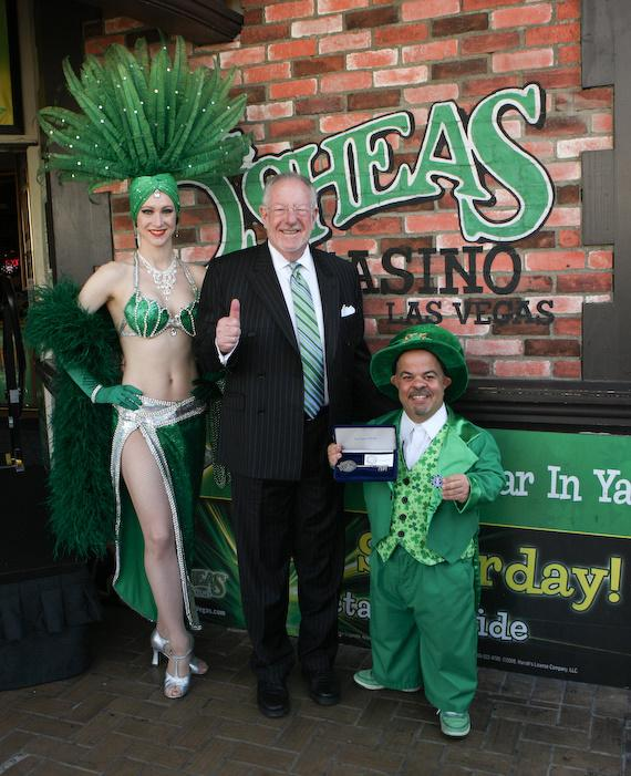 "Kelly the showgirl, Mayor Oscar Goodman and Brian ""Lucky"" Thomas"