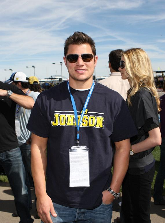 Nick Lachey at Jimmie Johnson's car before the race