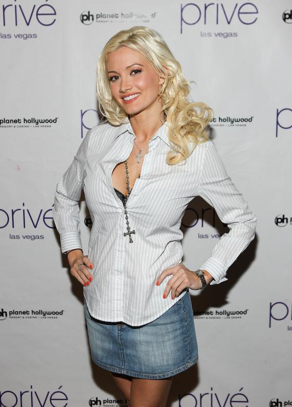 Holly Madison at Privé Las Vegas
