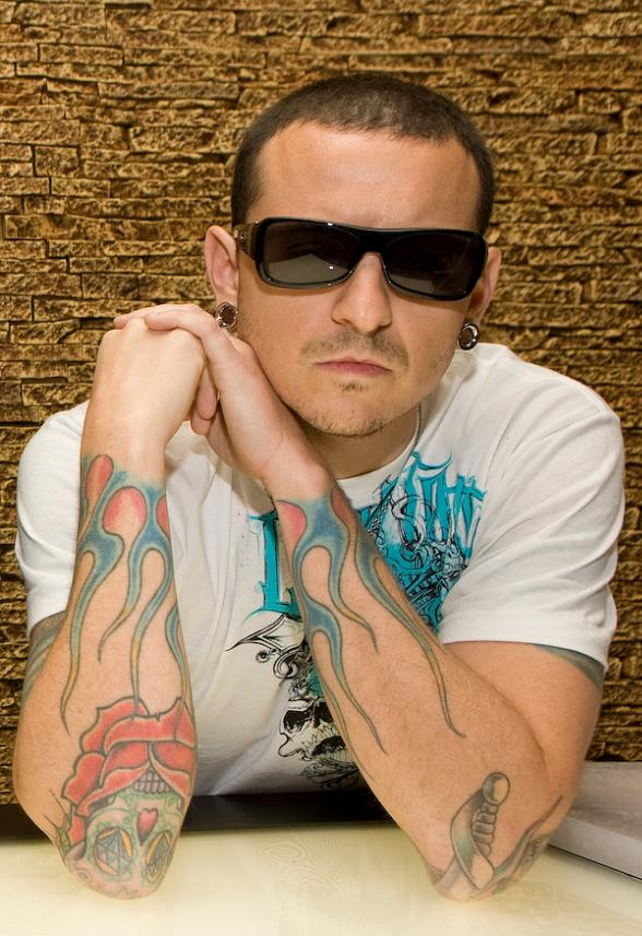 Linkin Park Singer Chester Bennington Opens Club Tattoo at Planet Hollywood