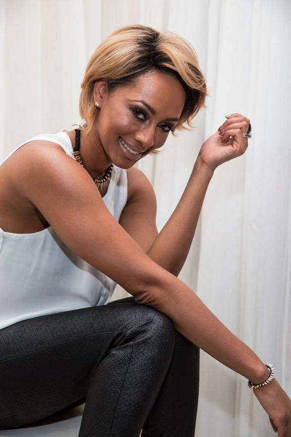 Pop Sensation Keri Hilson Performs Live at PURE Nightclub