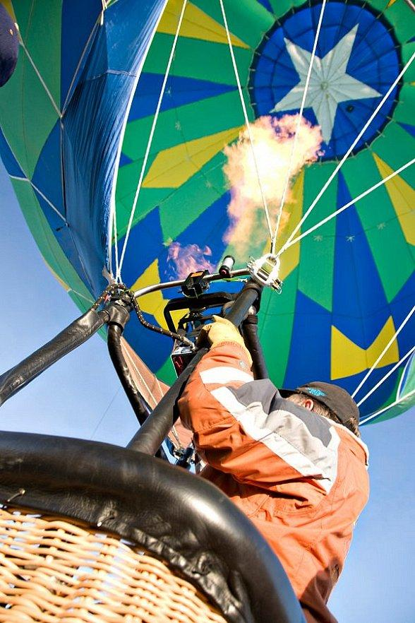 Mesquite Gaming Flies High with Sixth Annual Family-Friendly Hot Air Balloon Festival Jan. 20–22