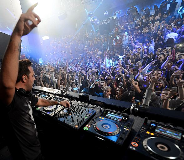 Sebastian Ingrosso Celebrates New Year's at LIGHT Nightclub at Mandalay Bay in Las Vegas