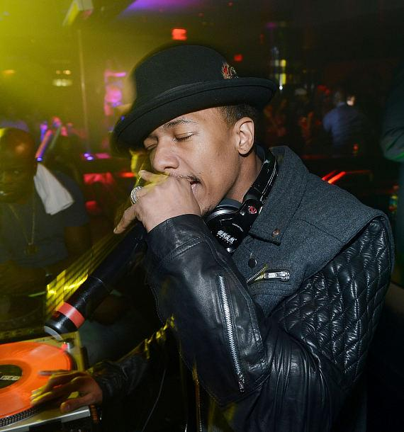 Nick Cannon performs at 1 OAK Nightclub at The Mirage in Las Vegas