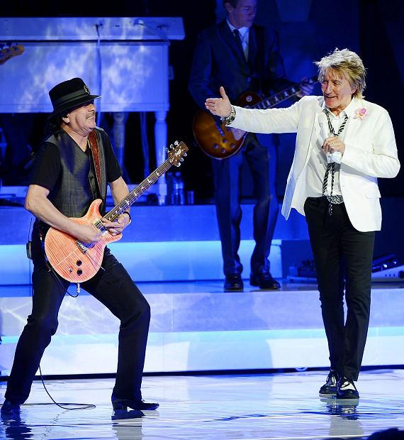 Carlos Santana and Rod Stewart perform together at Caesars Palace