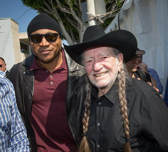 LL Cool J and Willie Nelson at John Varvatos 11th Annual Stuart House Benefit