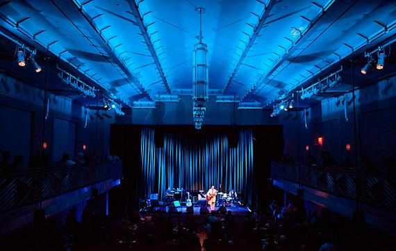 Suzanne Vega and Duncan Sheik perform at The Smith Center in Las Vegas