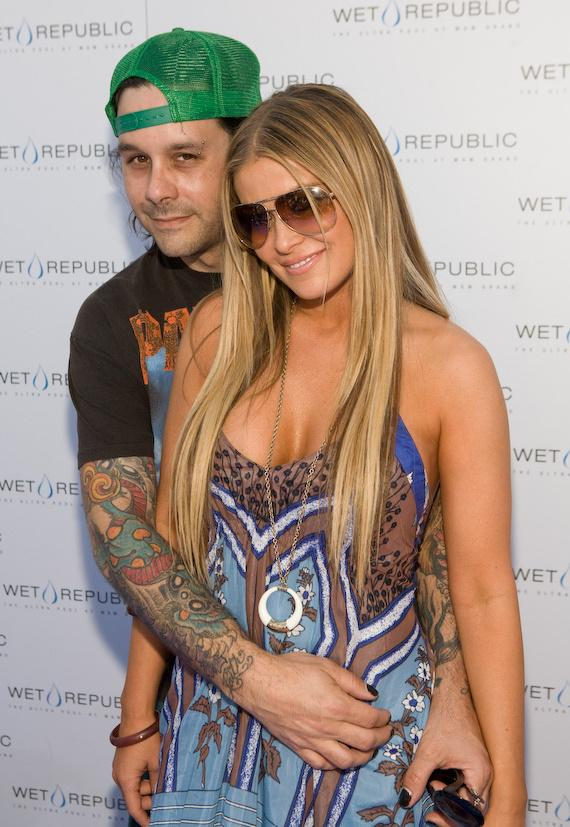 Carmen Electra and Rob Patterson of KORN at WET REPUBLIC