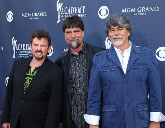 Photo Gallery by Erik Kabik: Red Carpet Arrivals at 46th Annual Academy of Country Music Awards
