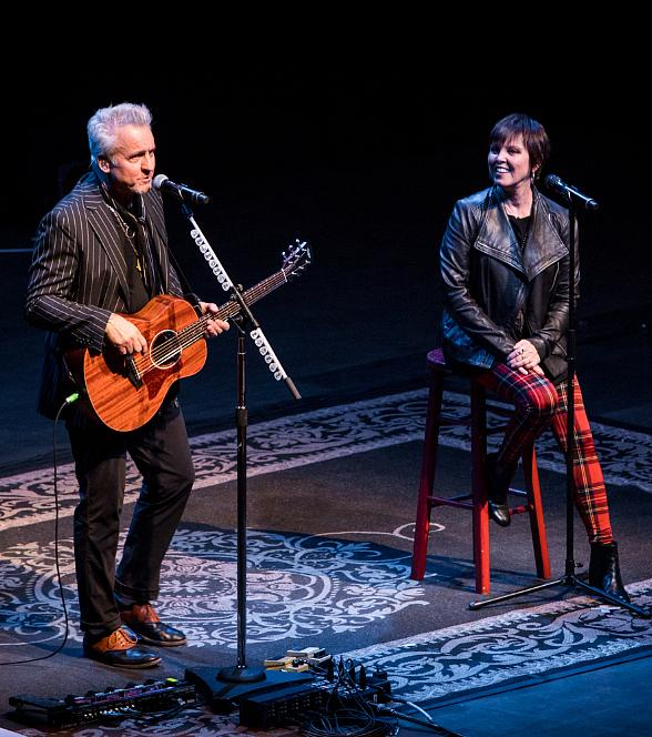 "Photo Gallery: Pat Benatar & Neil Giraldo ""A Very Intimate Acoustic Evening"" at Pearl Concert Theater"