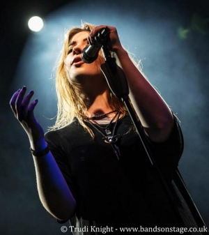 British Sensation ILONA Rocks Freedom Beat at Downtown Grand with Four-Night Residency